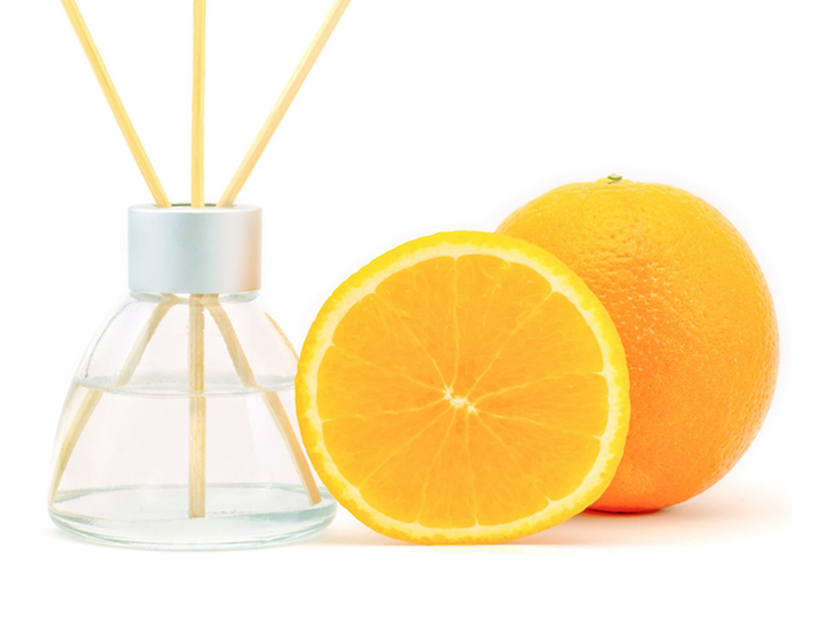 Orange Essential Oil with Diffuser
