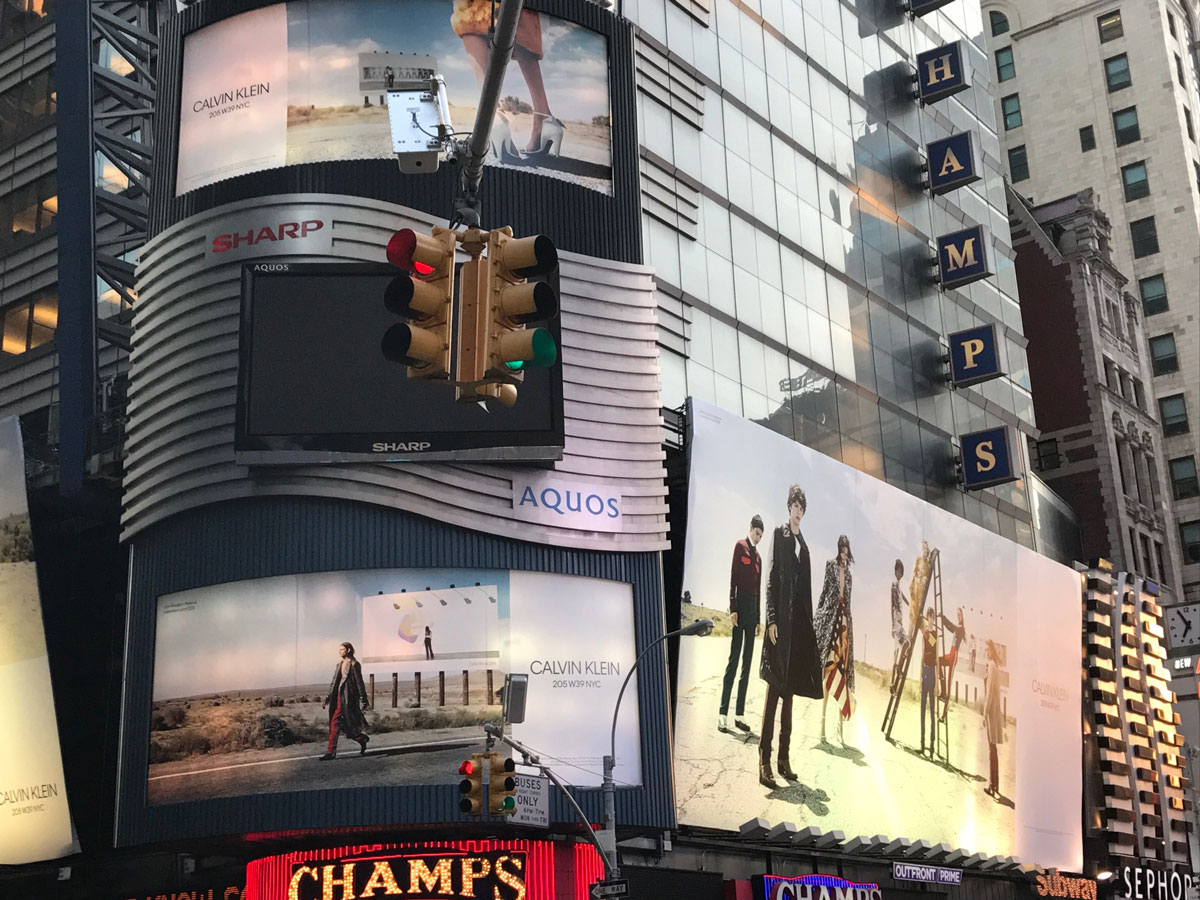 CALVIN-KLEIN-BILLBOARD-NYC