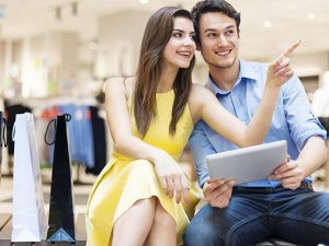 The New Retail Store Window – Focus on Customer Engagement